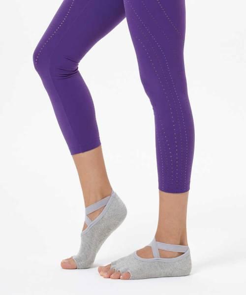 Gri Çapraz Kayışlı Yoga & Pilates Çorabı
